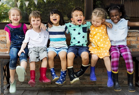 teach-kids-to-make-friends-from-other-cultures